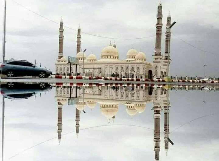 شرطة صنعاء تضبط المتهمين باقتحام مركز سما مول التجاري وإطلاق النار بداخله، وتكشف تفاصيل الواقعة.