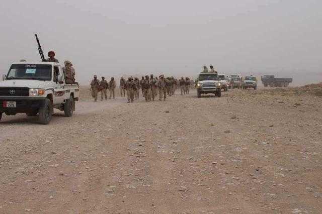 القوات البريطانية تستحدث مواقع عسكرية جديدة في الحدود الساحلية للمهرة مع سلطنة عمان