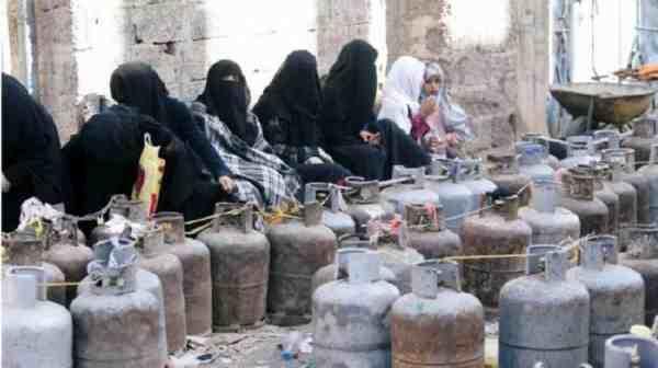 """تفاقم """" أزمة الغاز المنزلي """" بتعز .. ومطالبات شعبية بحلها"""