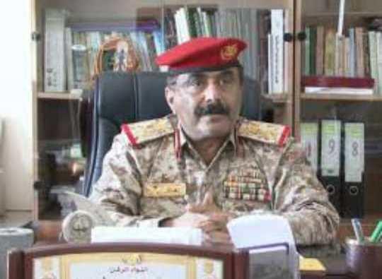 محافظ شبوة يعزي في وفاة اللواء محمد راجح لبوزة